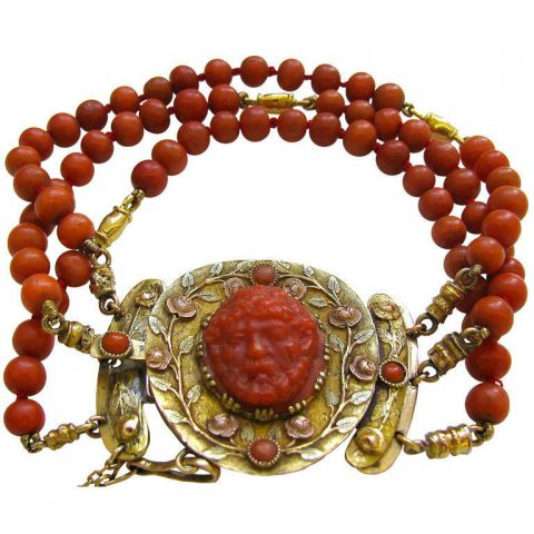 Antique_Gold_and_Coral_Bracelet