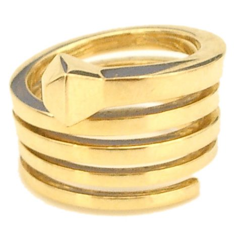 Gold-Ring-by-Gucci-1