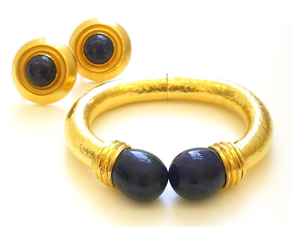 18k gold and sodalite bracelet by lalaounis kimberly. Black Bedroom Furniture Sets. Home Design Ideas
