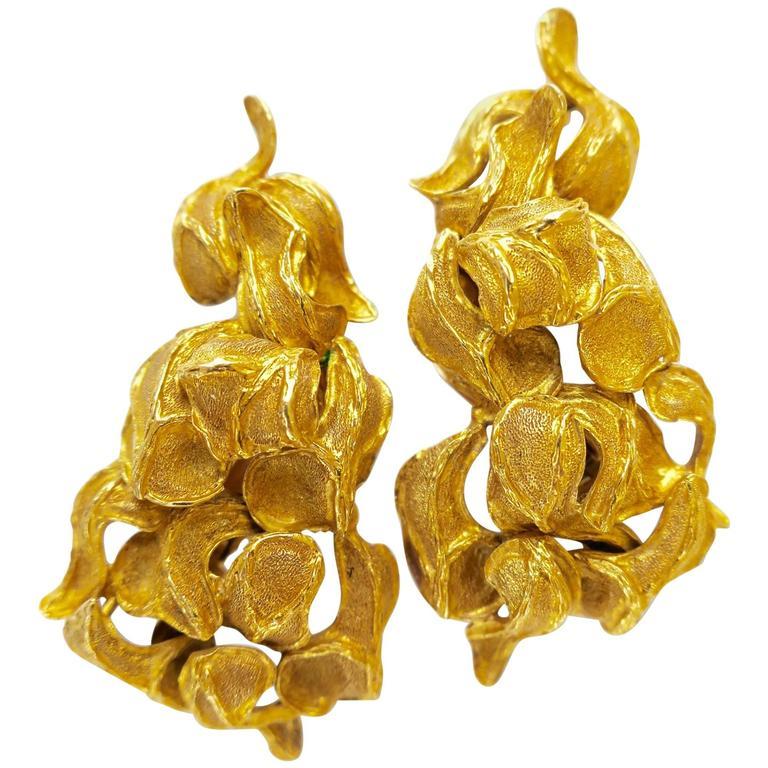 82de56d90 1960s Greek Freeform Gold Clip Earrings – Kimberly Klosterman Jewelry